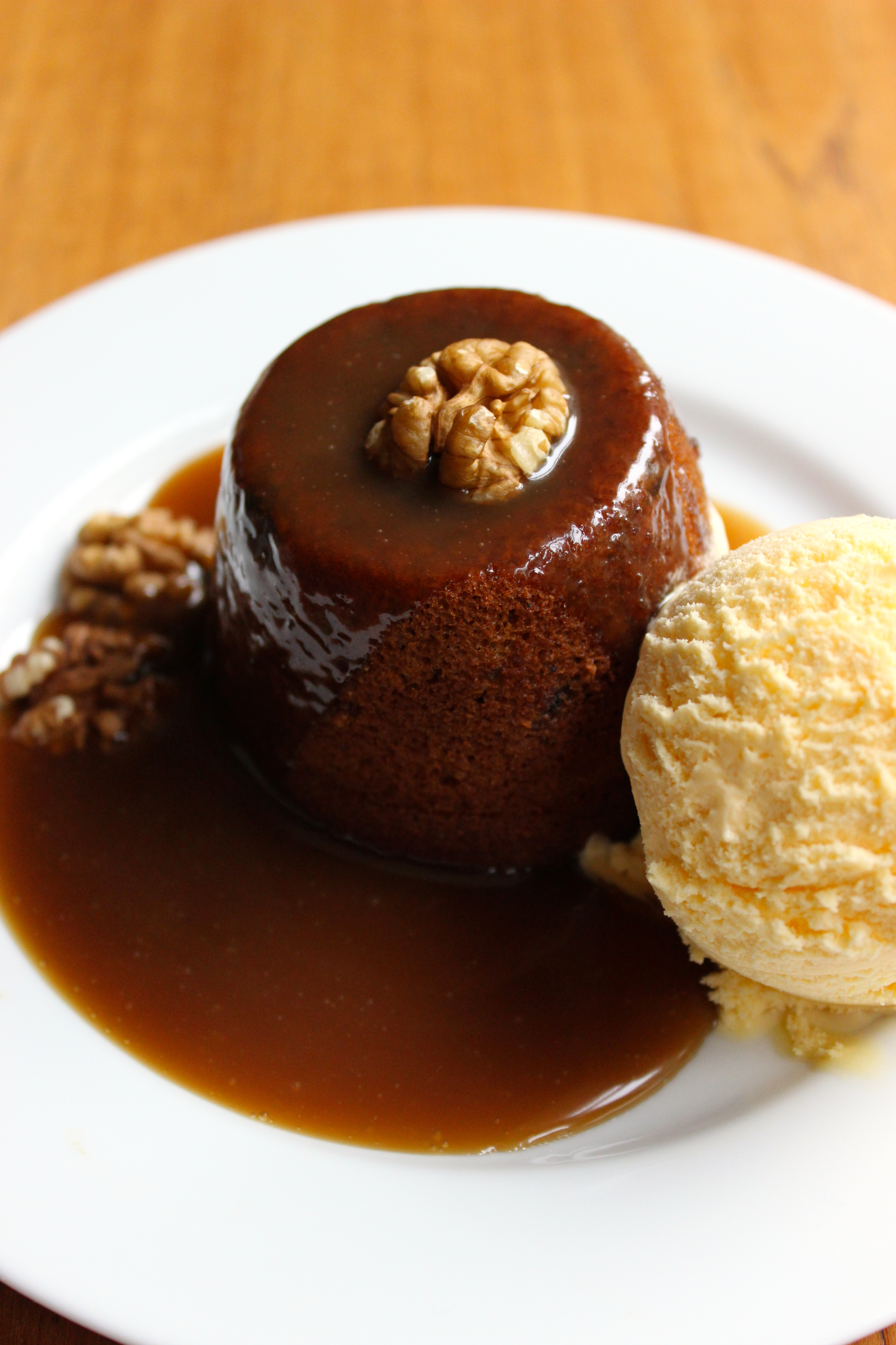 sticky toffee pudding sticky toffee pudding share sticky toffee ...