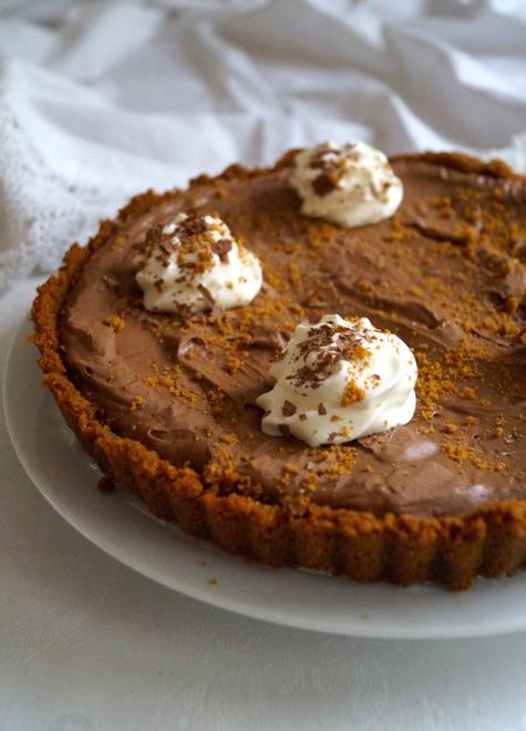 chocolate biscoff tart
